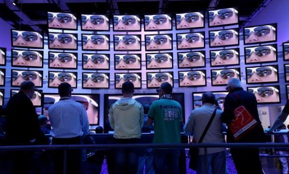 `ių metų pradžioje JAV mokslininkai paskelbė, kad televizijos produkcija ne tik neduoda jokios naudos žiūrovui kitoje ekrano pusėje, bet netgi stabdo žmonijos evoliuciją!  alloverpress.ee nuotr.